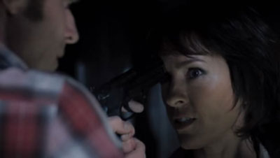 Дэнни пытается остановить Хелен
