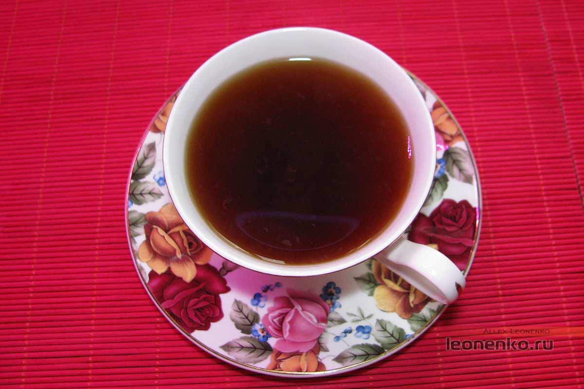Фу Ча от Baishaxi – Аньхуанский черный чай - приготовленный чай