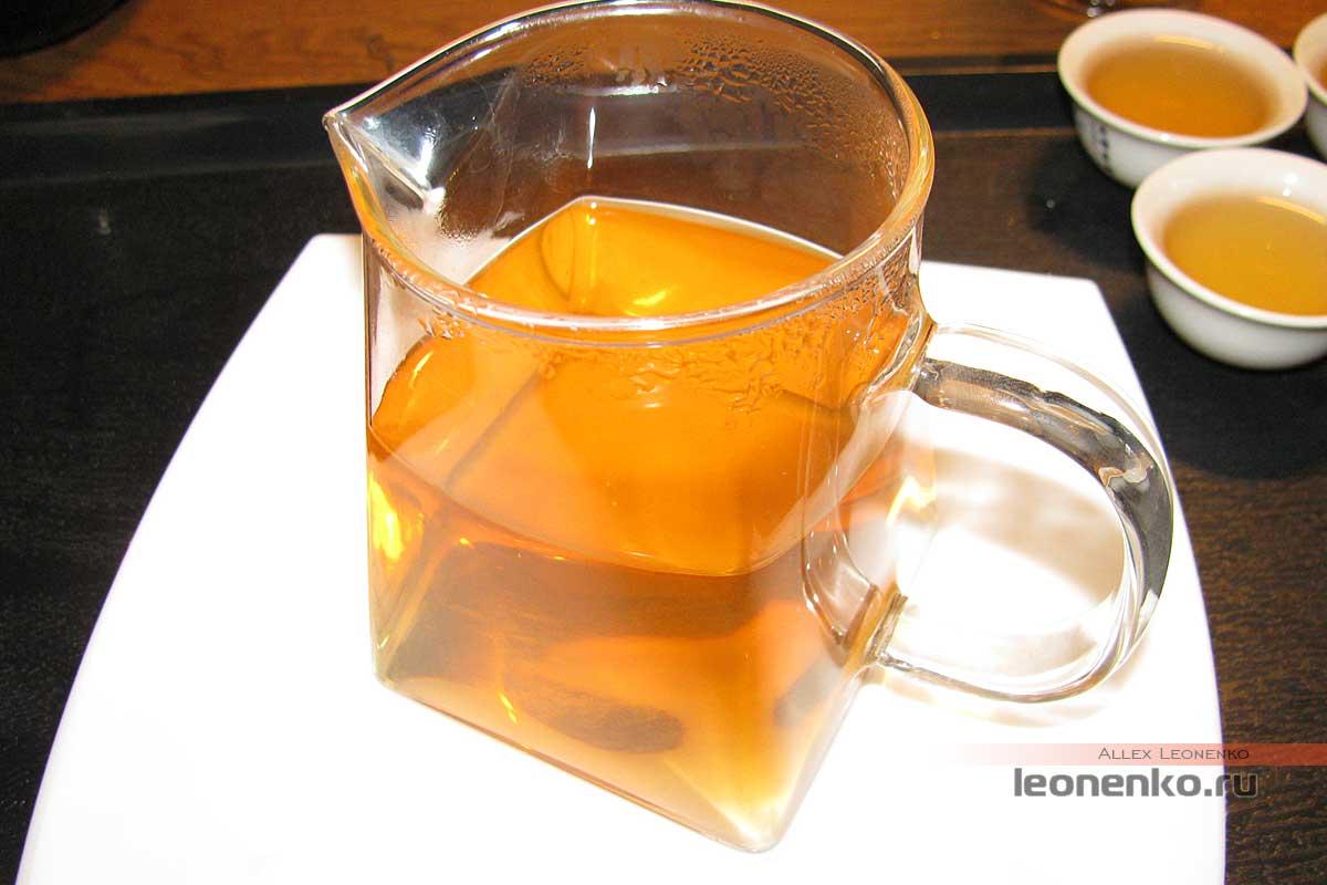 Шен пуэр из магазина Лю Дань - приготовленный чай