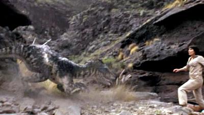 Динозавр из мелового периода нападает на Хелен