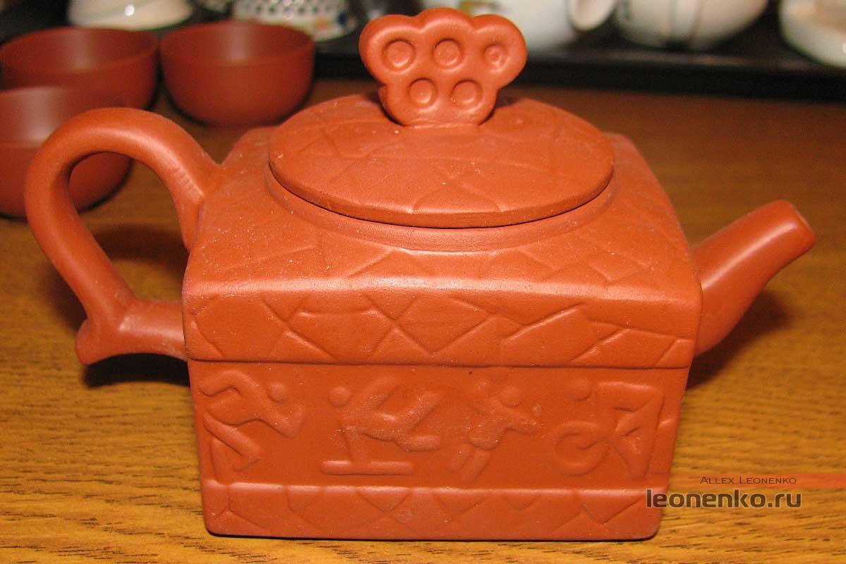 Китайский глиняный чайник «Спорт»