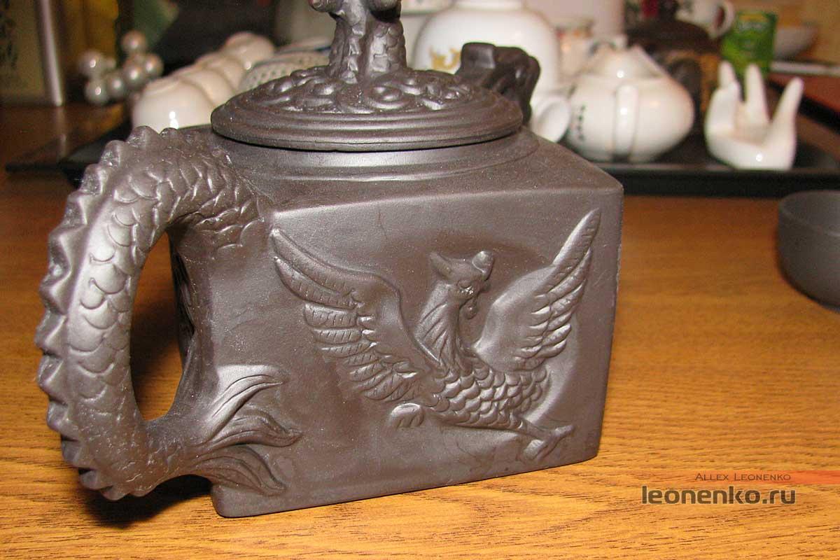 Китайский глиняный чайник «Дракон»