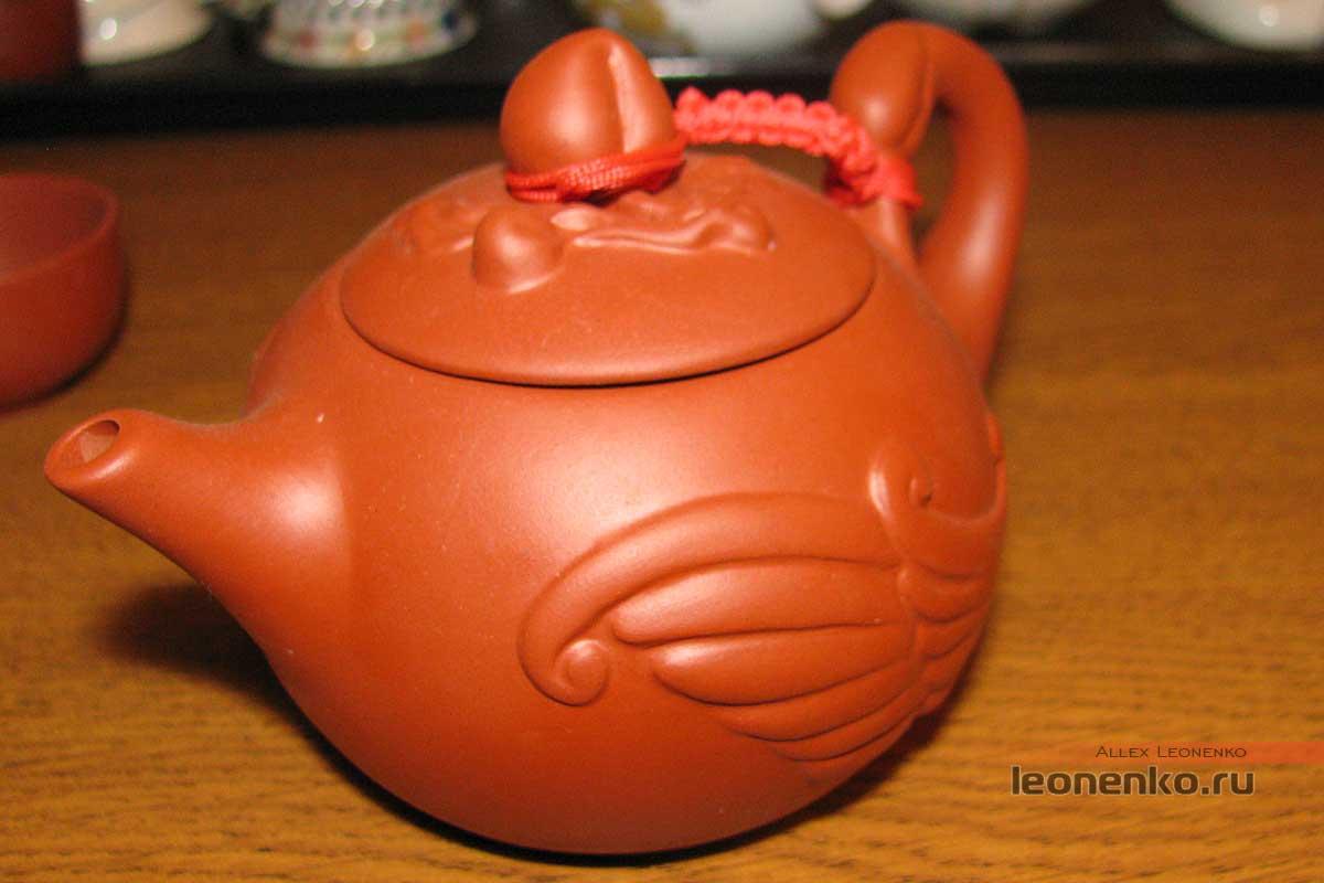 Китайский глиняный чайник «Лебедь»