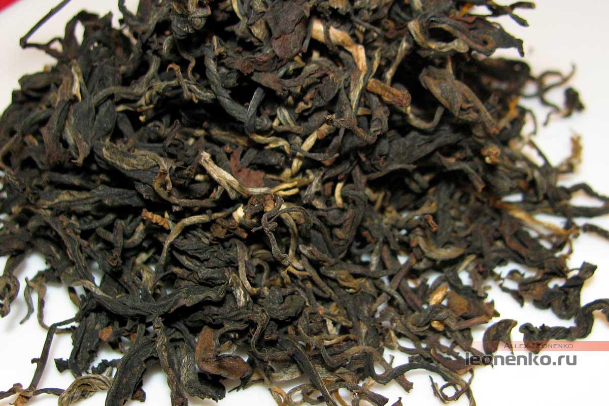 Лаосский шайхун - сухой чай крупным планом
