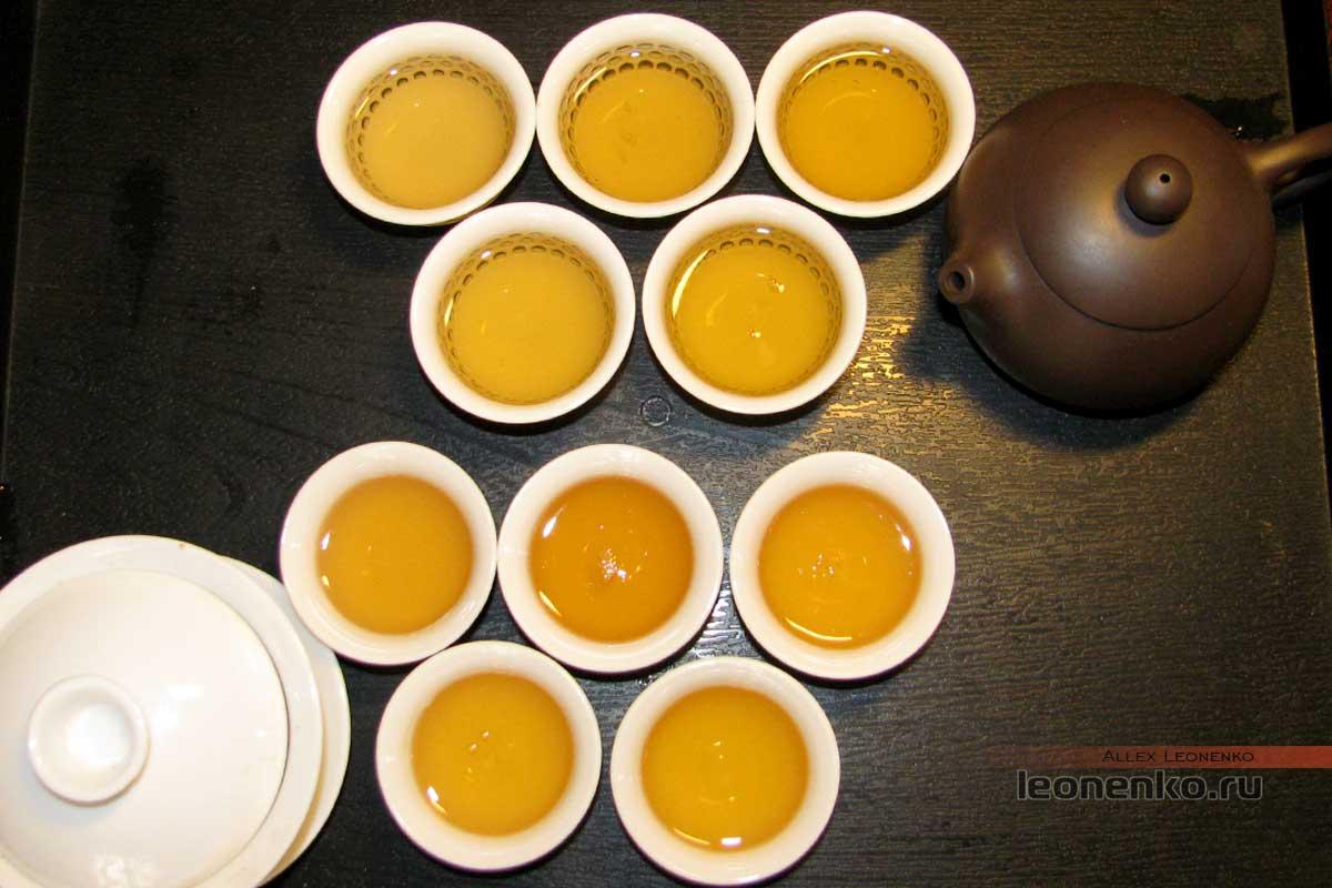 Шен пуэр Шань Фэн «Горный ветер», 2017 г. - приготовленный чай