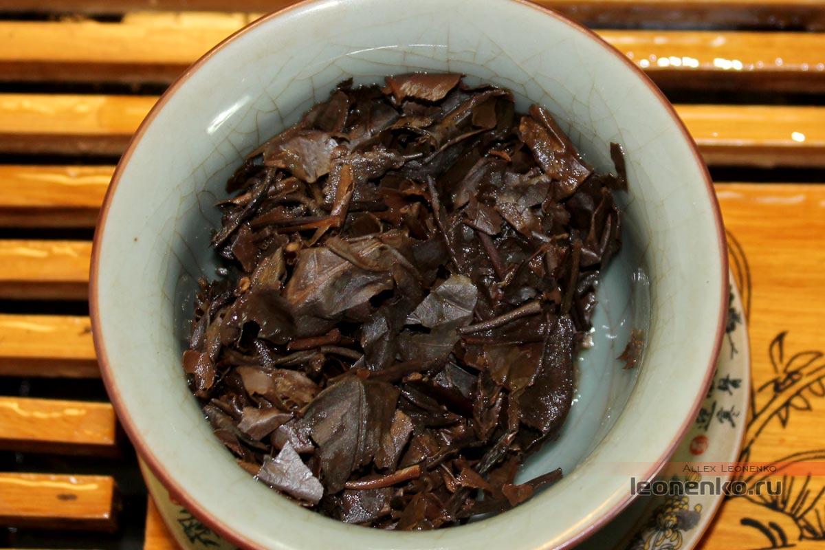 Старый белый чай Лао Бай Ча Шоу Мэй, чайное дно