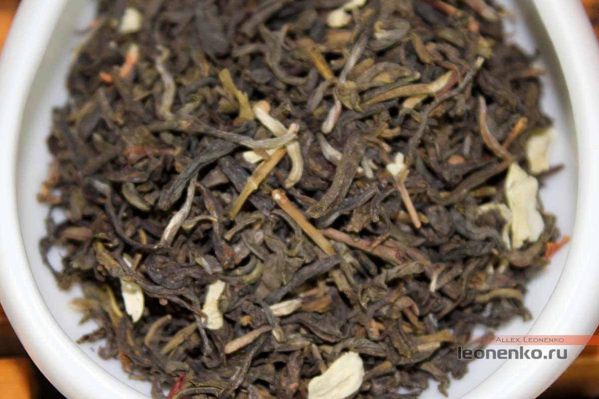 Жасминовый чай от Юй Пао