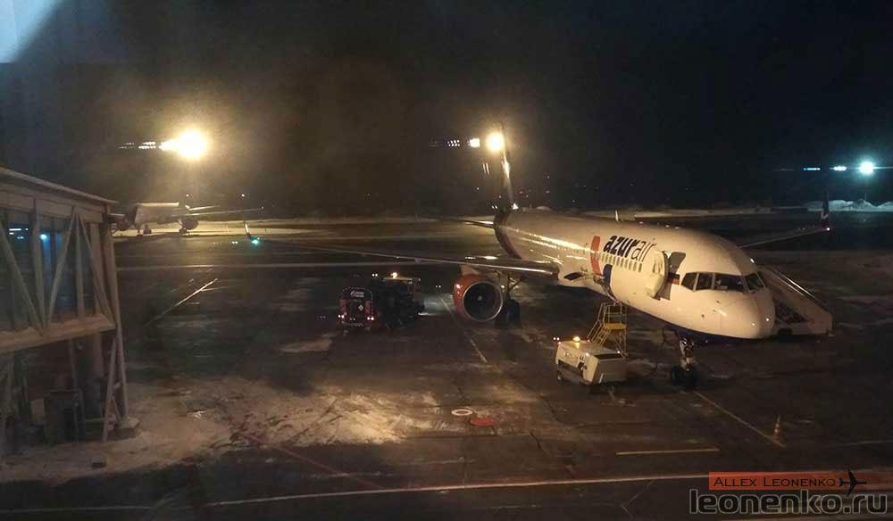 Аэропорт Толмачево, Борт AzurAir