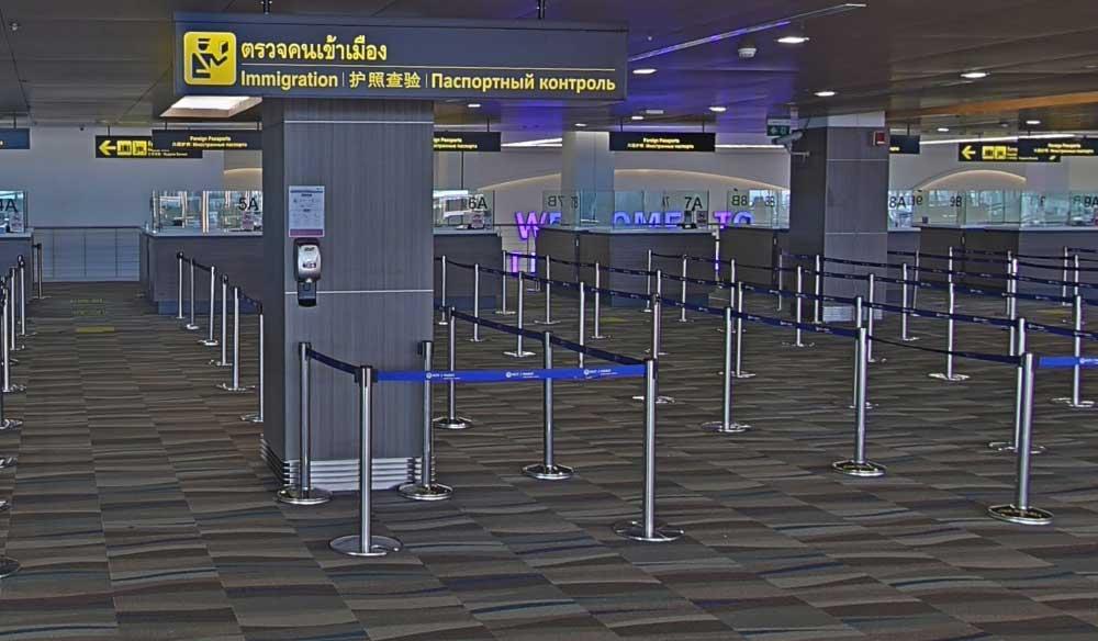 Аэропорт Пхукета, зона прилета, пограничный контроль
